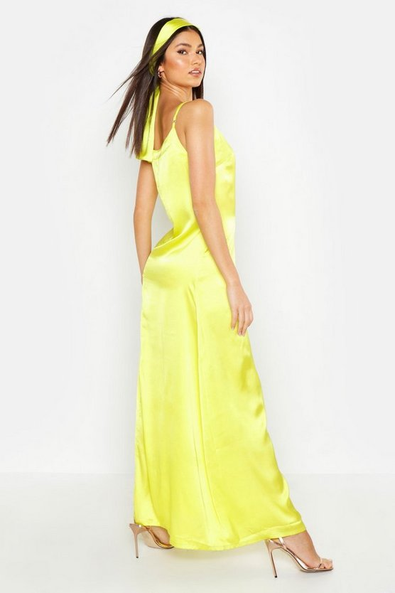 womens-chartreuse-woven-v-neck-maxi-dress-with-matching-head-scarf1