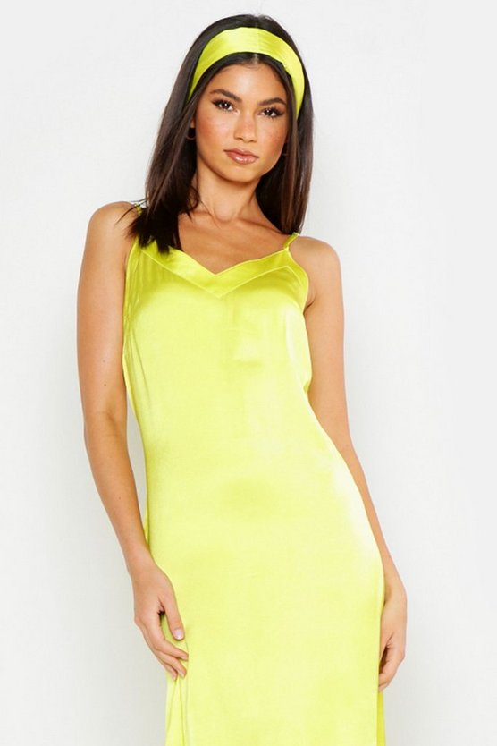 womens-chartreuse-woven-v-neck-maxi-dress-with-matching-head-scarf3