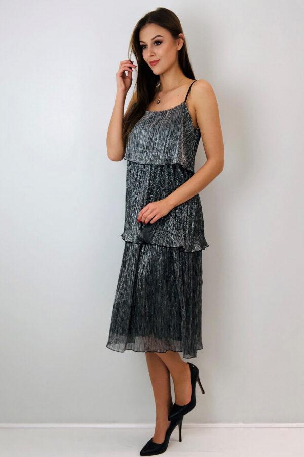 polyskujaca-sukienka-na-ramiaczkach1