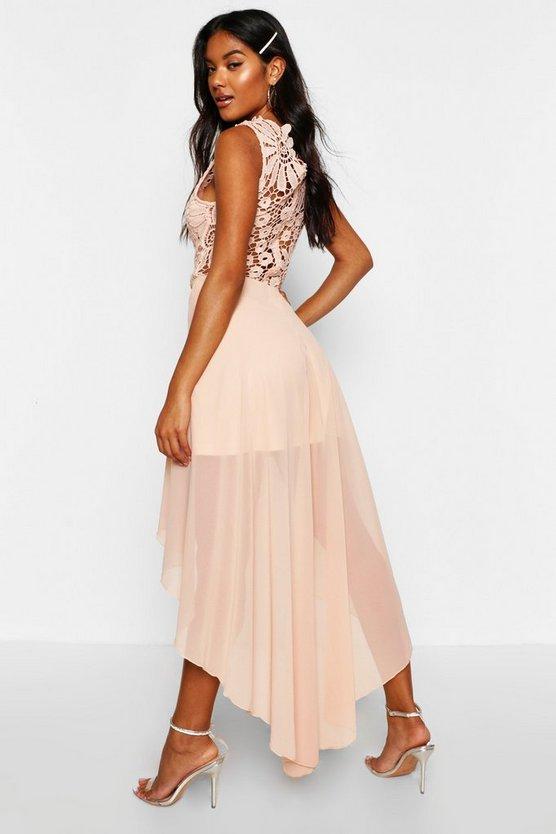boutique-lace-&-chiffon-dip-hem-bridesmaid-dress (1)