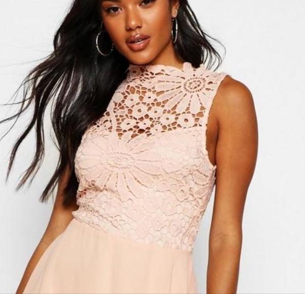 boutique-lace-&-chiffon-dip-hem-bridesmaid-dress 4